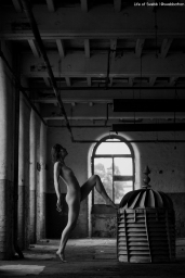 Urbex Art Nude with Marmalade.